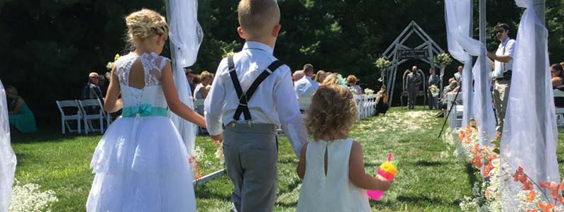 How to Include A Junior Bridesmaid In Your Formal Wedding